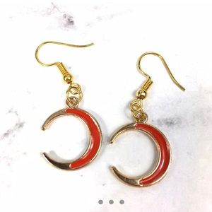 3/$15 Crescent Moon Dangle Earrings